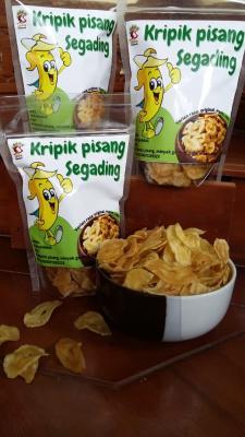 Kripik pisang segading